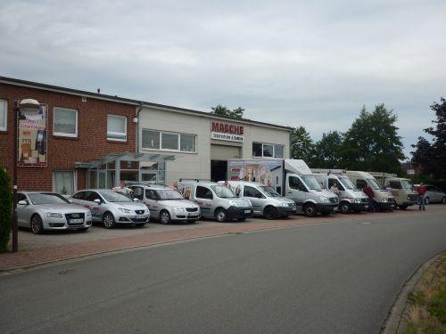 AKM Masche Meerbeck mit Fahrzeuge