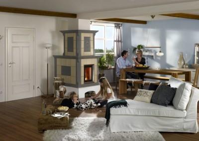 Brunner - HKD 2.2 im Landhaus mit blau-weißer Keramik und Familie